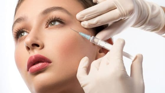 WHAT DOES HYALURONIC ACID DO TO YOUR SKIN?