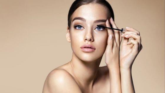 Do not abuse of makeup