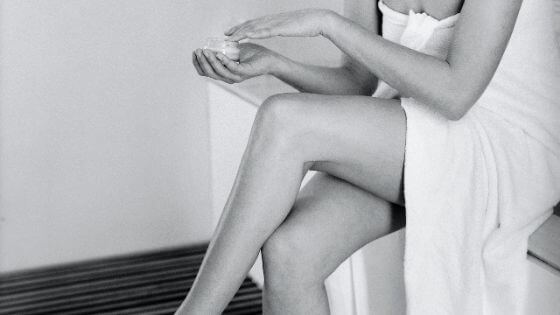 Tips to keep your leg's skin moisturized