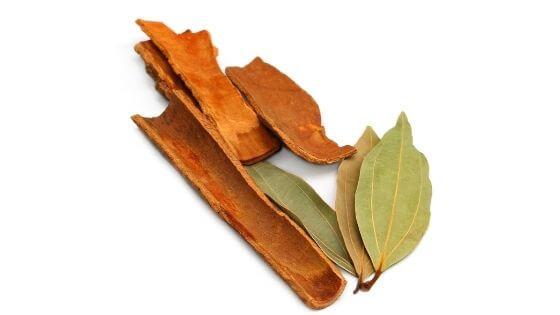 bay leaf and cinnamon tea