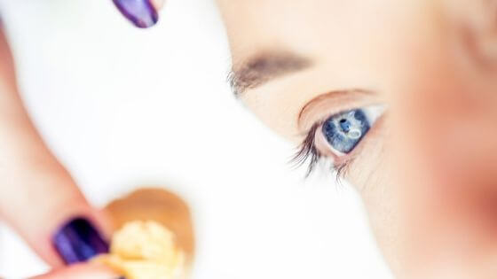 7 Essential Tips on How to Remove Eyelash Extensions