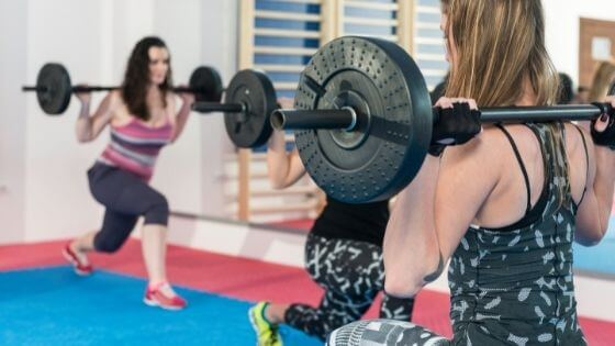 Lunges on body pump workout