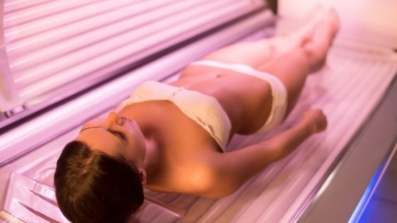 How to tan your legs in a tanning bed?