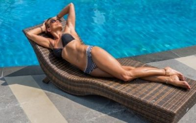 How long should you wait to shower after tanning?